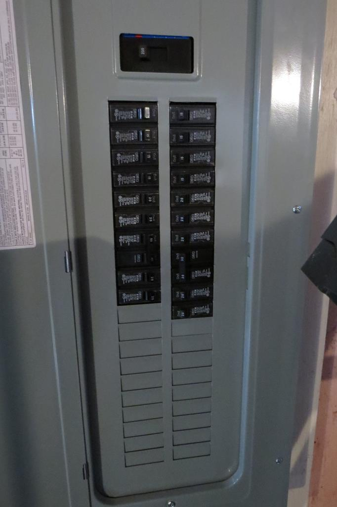 200 Amp Electric Panel